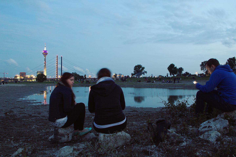 Egle, Kristine, Dominik ning taamal Rheinturm.