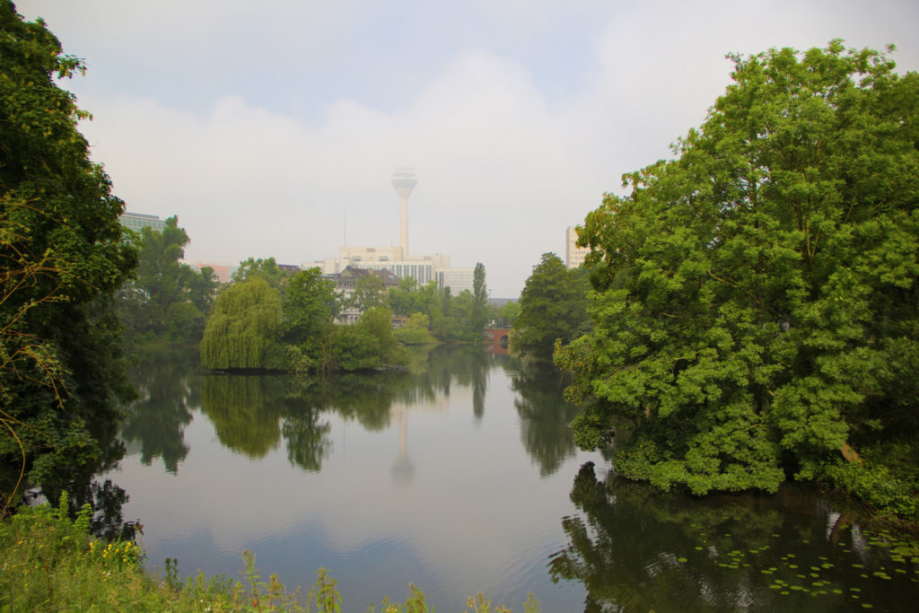 Hommikune Düsseldorf kerges udus.