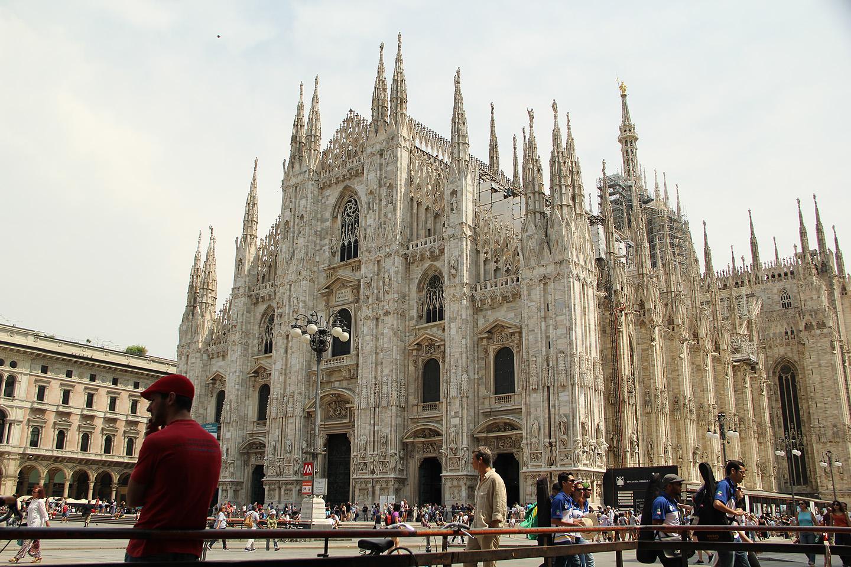 Milano katedraal oli kohustuslik turistiobjekt. Nähtud. Emotsioone ei tekitanud, sest no kes Kölni katedraali näinud, siis Milano oma on ikka poisike. Ilus maja, aga ei mingit wow-efekti....