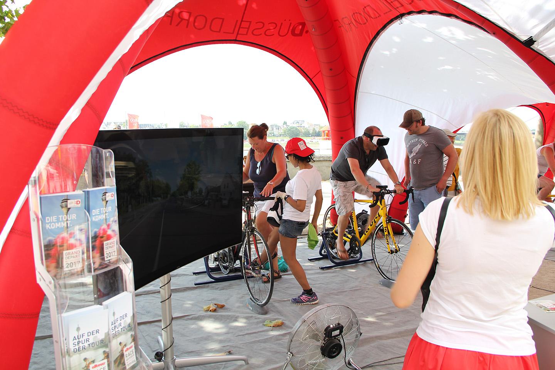 Inimesed said Virtual Reality prillidega järgmise aasta Tour de France'i rada proovida.