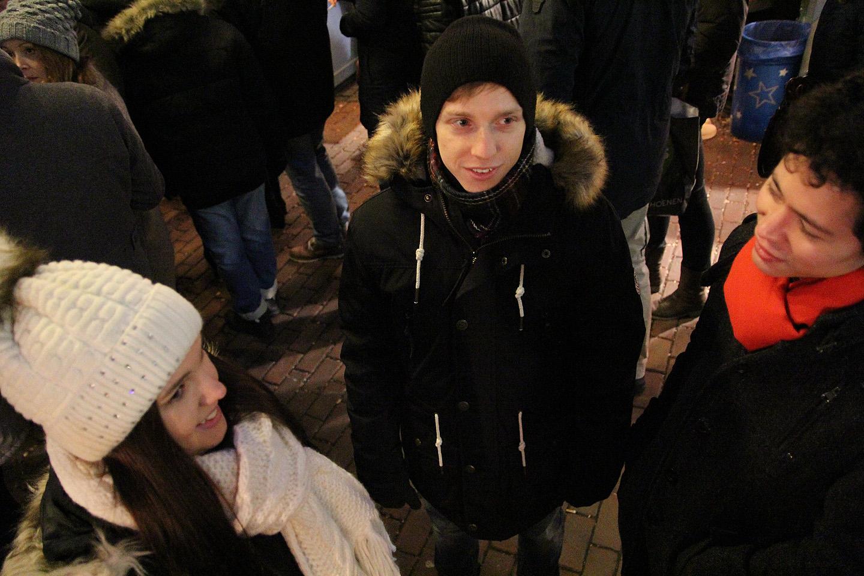 Vasakult: Egle, Anri (peale meie on veel Düsseldorfis mõni eestlane, jeee), Anri korterikaaslane